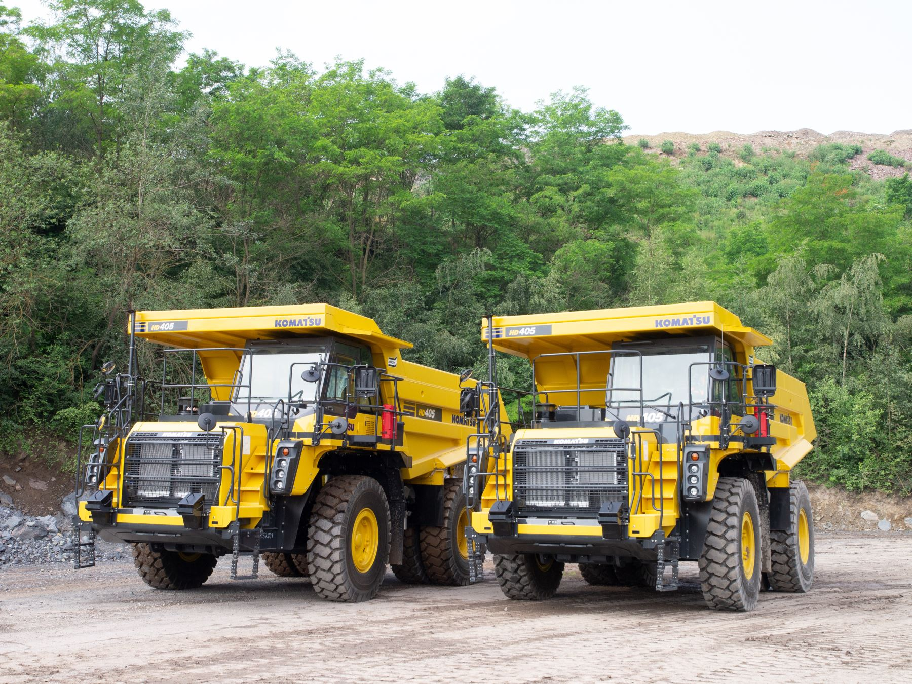 Schlüter supplies first komatsu power packs for Großtagebau Kamsdorf GmbH - 1