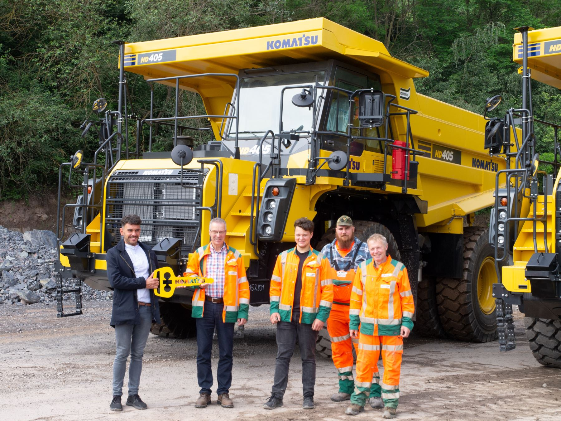 Schlüter supplies first komatsu power packs for Großtagebau Kamsdorf GmbH - 0